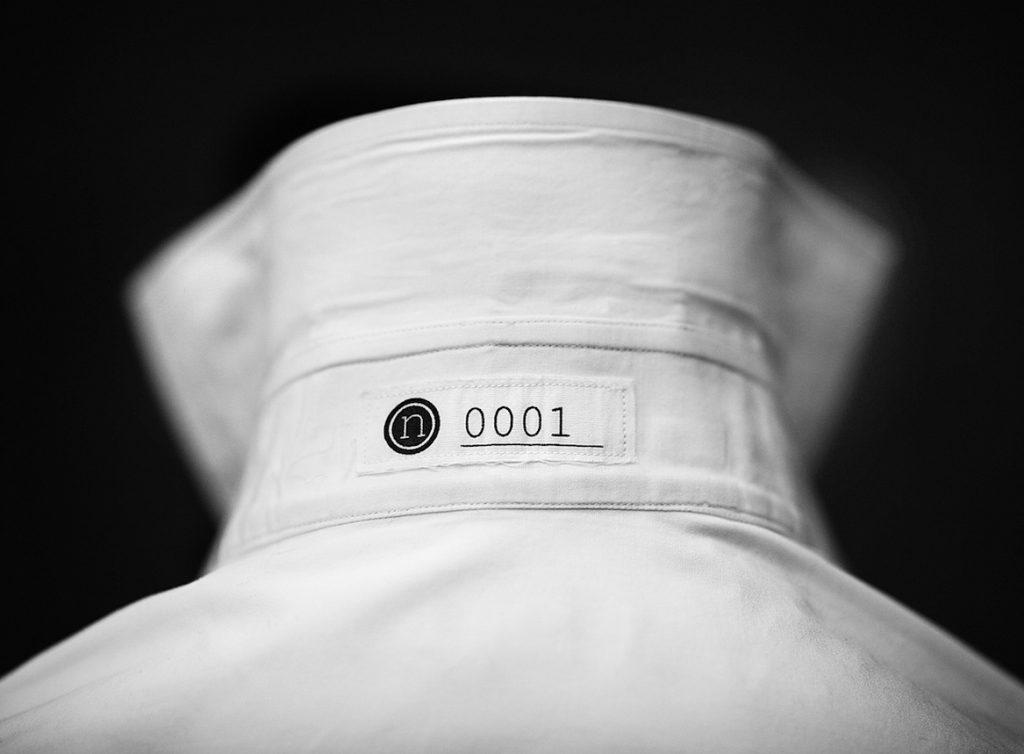wit-overhemd-uniek-nummer