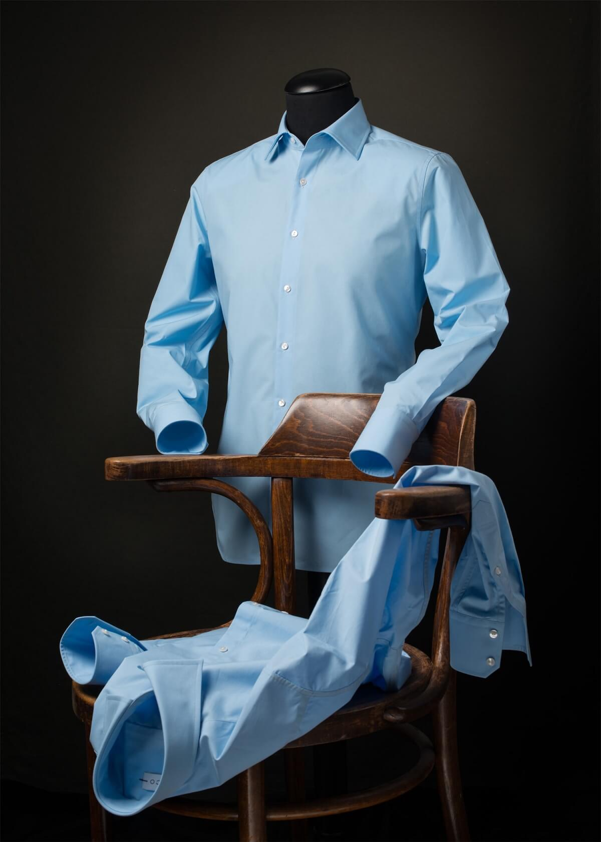 Blauw overhemd